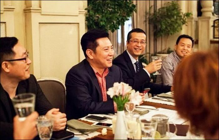 мужчины из китая знакомства